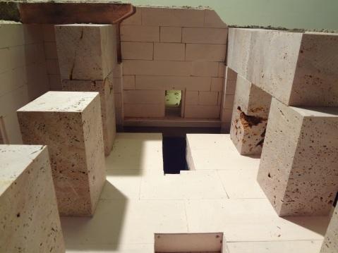 La ricostruzione in scala dell'Osireion realizzata da Maurizio Sfiotti