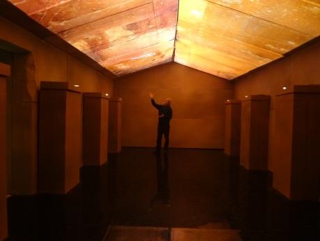 Paolo Renier a Dolo nella stanza del sarcofago con il soffitto astronomico