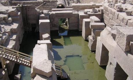 L'Osireion di Abydo come è oggi con lo spazio centrale parzialmente allagato