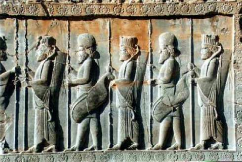 Rilievi achemenidi a Persepoli in Iran