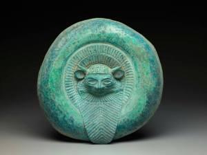 Scudo in bronzo etrusco arcaico del VI sec. a.C.