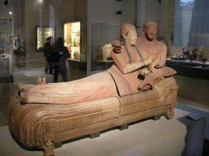 Il sarcofago degli Sposi da Cerveteri oggi al Louvre