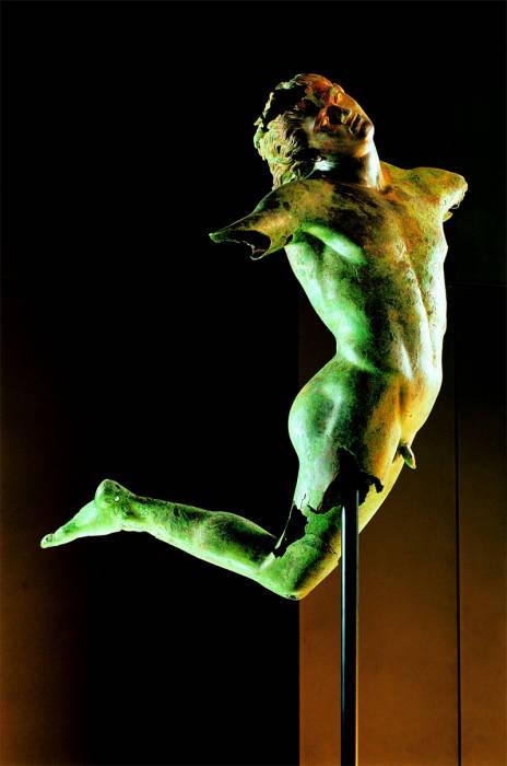 Il Satiro Danzante, al museo di Marsala, è tra le opere inamovibili