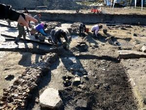 Lo scavo ha restituito ossa di maiali, capre, ovini e bovini