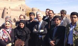 Massimo Bray durante la visita ufficiale a Bam in Iran quando era ministro