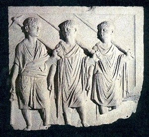 """I """"tre littori"""" nell'atrio del museo Concordiese"""