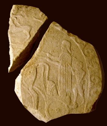 La stele etrusca con bassorilievi dal sepolcreto di via Saffi a Bologna