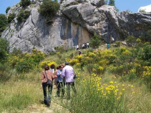 Lo sperone roccioso di Morricone del Pesco a Civitanova del Sannio in Molise