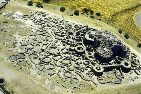 La reggia nuragica di Barumini, il più famoso complesso della Sardegna
