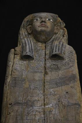 Il sarcofago di epoca tarda proveniente dal museo di Merano