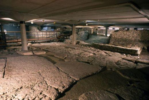 Sotto la piazza del duomo di Feltre si riscoprono i quartieri della città in epoca romana