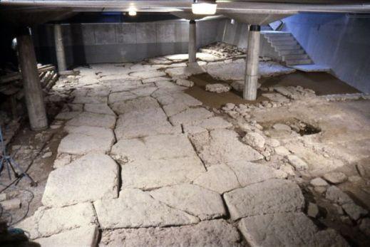 Dopo la fase romana, è attestato un edificio connesso alla più antica sede episcopale di Feltre