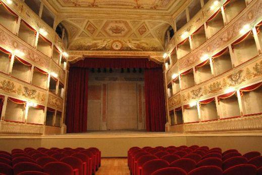 Il Teatro de la Sena di Feltre è ospitato al primo piano del Palazzo della Ragione