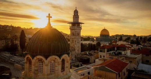 """""""A Gerusalemme la fede s'interseca con la storia e senza alcuna paura e pregiudizio è dovere dello scienziato investigare e ricercare le verità che la scienza può restituirci"""" (Dan Bahat)"""