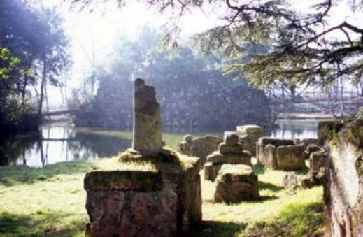 """L'area degli scavi del sito etrusco di Marzabotto interessata dallo spettacolo """"Marzabotto 1889"""""""