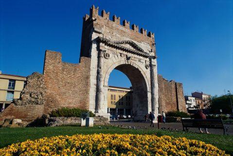 L'arco di Augusto a Rimini è il simbolo del glorioso passato della città