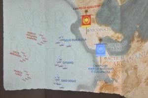 Lo schema della battaglia di Azio (31 a.C.) in cui Ottaviano vinse Marco Antonio e Cleopatra
