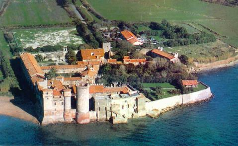 Il castello di Santa Severa che insiste sull'antico castrum romano di Pyrgi