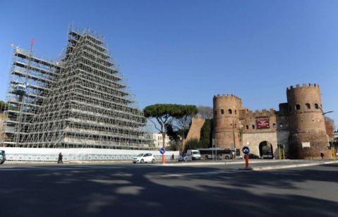 Il restauro della Piramide Cestia sarà ultimato entro dicembre con tre mesi di anticipo