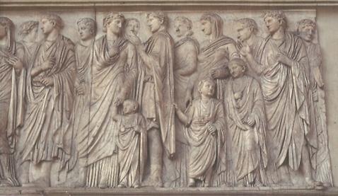 L'altare della pace augustea fu realizzato nel 9 a.C.: dettaglio della processione nel lato sud