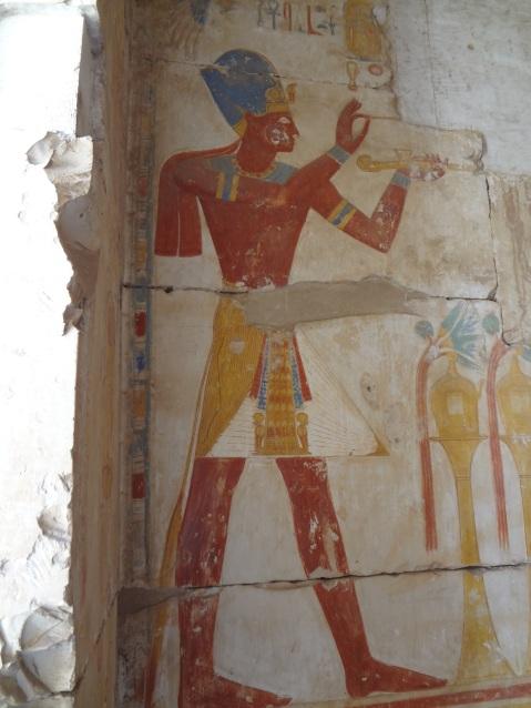 I rilievi ancora ben conservati nel tempio di Ramses II ad Abido