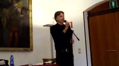 Lo studioso Federico Moro intervalla ricerca e scrittura letteraria, saggistica e teatrale
