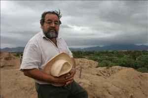 L'archeologo Walter Alva sull'area archeologica preincaica di Sipan in Perù