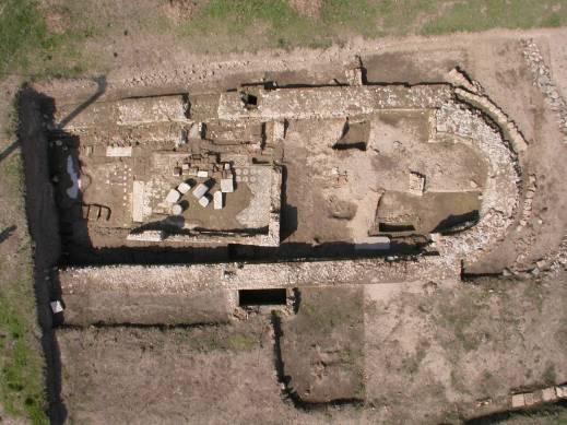 Nello scavo è stato riportato alla luce anche l'edificio medievale di San Pietro in vetere