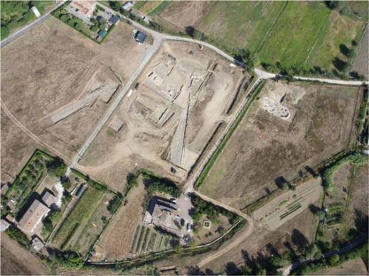 L'area dello scavo di Fanum Voltumnae a Campo Fiera copre tre ettari