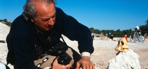 Giancarlo Ligabue nelle sue spedizioni curava molto anche la documentazione con produzione di filmati