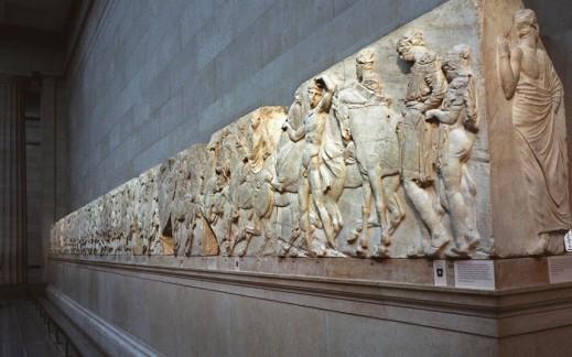 Il lungo fregio del Partenone conservato ed esposto al British Museum