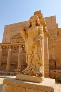Le imponenti vestigia della città di Hatra in Iraq