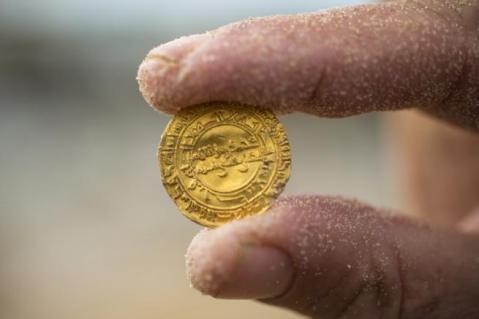 Le monete d'oro ritrovate a Cesarea appartengono al Califfato dei Fatimidi