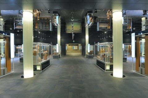 Giochi di luci e ombre nell'allestimento del nuovo Museo Egizio a Torino