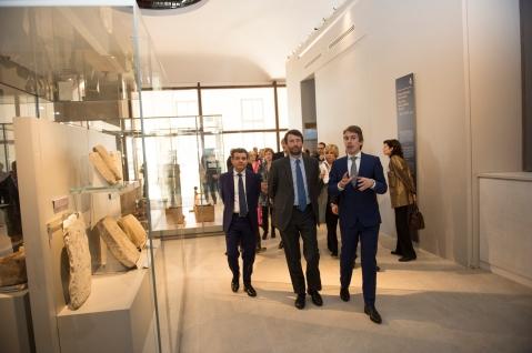 Il direttore Christian Greco illustra il nuovo museo Egizio al ministro Dario Franceschini