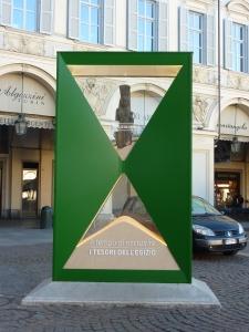 La grande clessidra di piazza San Carlo ha concluso il conto alla rovescia