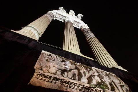 Gli spettacoli al Foro di Cesare saranno ogni 20 minuti dalle 20,30 alle 23,50 comprese