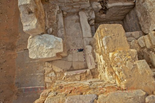 Scorcio del pozzo della tomba Ac30 che porta alla camera sepolcrale di Khentkaus III