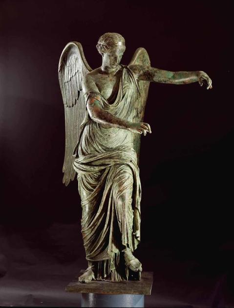 La Vittoria Alata uno dei tesori conservati al Museo di Santa Giulia a Brescia