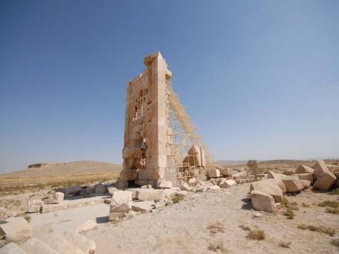 """Il cosiddetto """"Trono di Salomone"""" a Pasargade"""