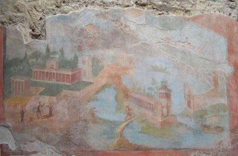Gli affreschi recuperati nel restauro della domus della Fontana Piccola a Pompei
