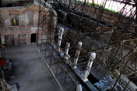 """La """"colonnata"""" della villa di Augusto, tra le scoperte più significative degli anni Trenta"""