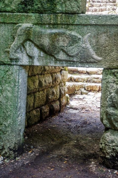 """Le cosiddette """"porte scee"""" di Butrinto scavate da Luigi Ugolini tra il 1928 e il 1936"""