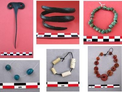 Braccialetti e collane parte di corredo funebre dalla necropoli di Natsargora