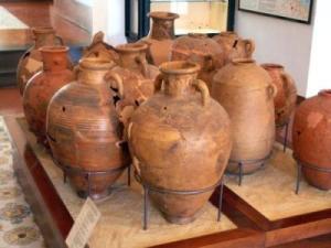 A Villa Arbusto sono conservati reperti dalla preistoria all'età romana