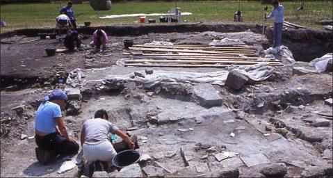 Gli archeologi al lavoro nel complesso delle Terme Neroniane  a Montegrotto