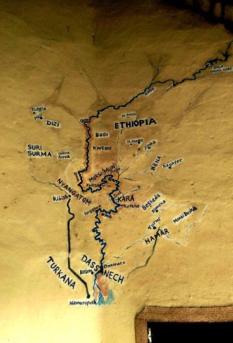 La valle dell'Omo, in Etiopia, con la posizione dei gruppi tribali autoctoni