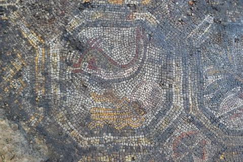 Ottagono musivo con figure animali dalla villa romana dell'Oratorio
