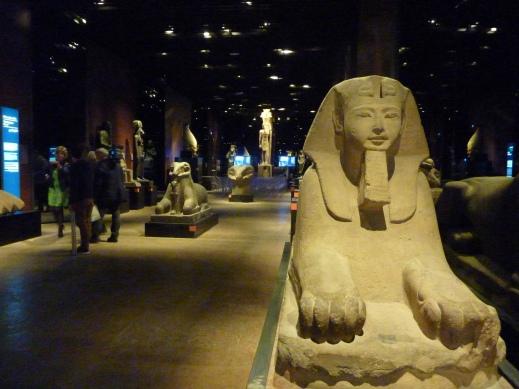 La Galleria dei Re nel museo Egizio di Torino quasi alla fine del percorso espositivo