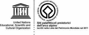 Il logo Unesco dei siti palafitticoli dell'arco alpino